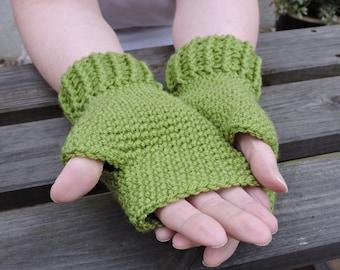 Crocheted Fingerless Gloves, Mittens  in Green