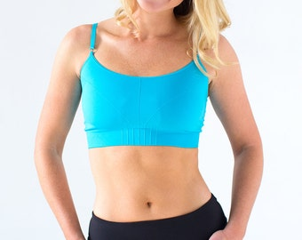Shop New Balance's women's sports bras. Covering a spectrum of colors and patterns, you can find a low- or high-impact bra with a perfect stay-put fit. Shop New Balance's women's sports bras. Covering a spectrum of colors and patterns, you can find a low- or high-impact bra with a perfect stay-put fit.