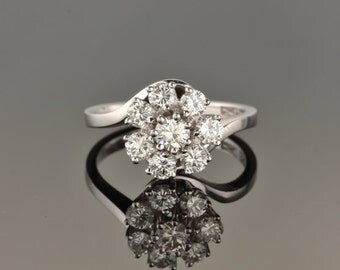 Vintage 1.65 Ct diamond amazing cluster ring