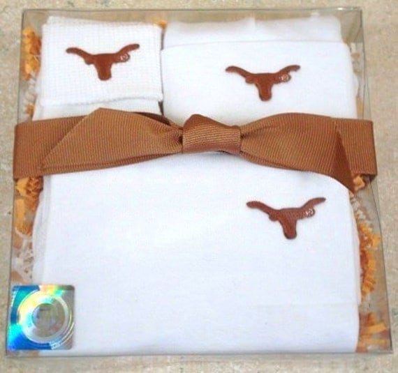 Texas Longhorns 3 Piece Baby Clothing Gift Set by