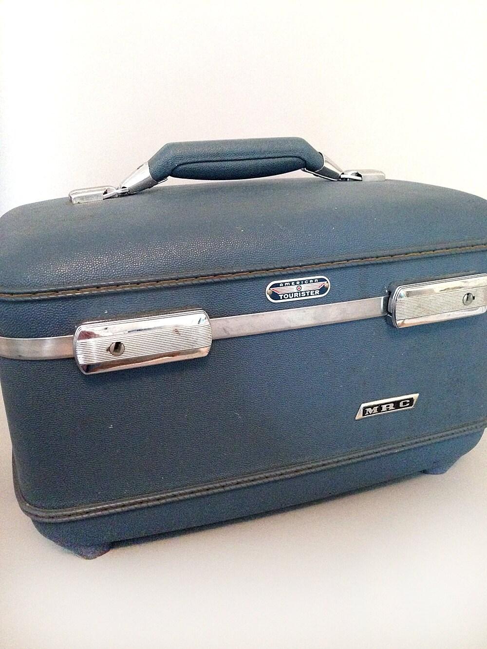 american tourister vanity luggage