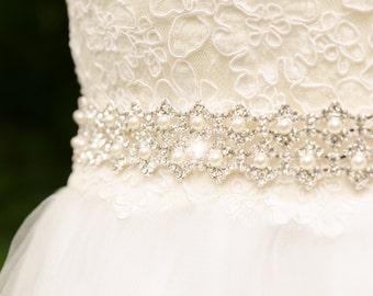 Silver Bridal Belt, Rhinestone Wedding Sash, Rhinestone Pearl Wedding Belt, Bling Wedding Sash, Unique Sash, Silver Rhinestone Sash- MELINDA