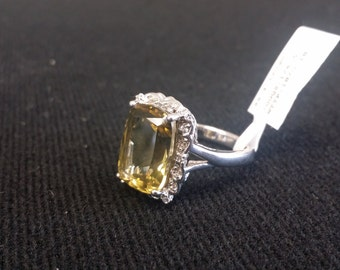 Brand New Sterling Silver Yellow Quartz/ CZ Ring 925