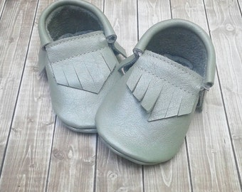 Wintergreen baby and toddler moccassins