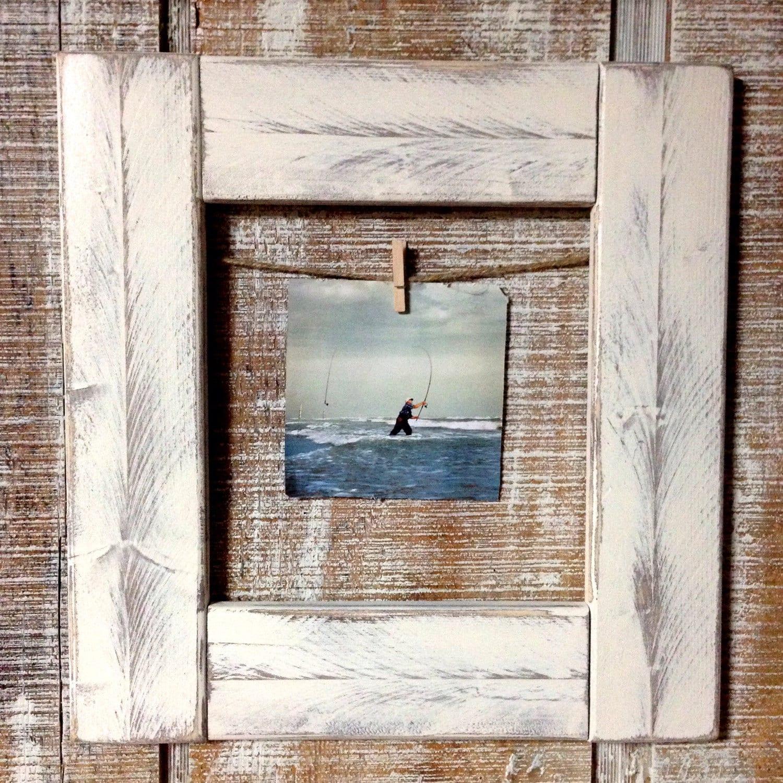rustic wood hanging picture frame antique white clip. Black Bedroom Furniture Sets. Home Design Ideas