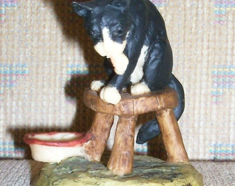 """Reduced: Vintage Border Fine Arts Black and White Cat Figurine """"Milking Time""""  Handcrafted by Lowell Davis - Made in Scotland - 1979"""