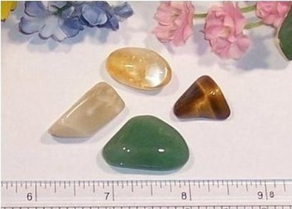 Find Good Luck Stone : Gemstone set good luck stones