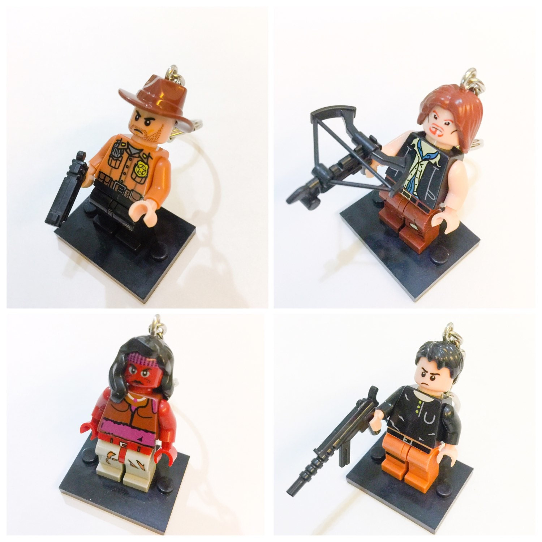 promo lego walking dead set keychain lego zombie keychain. Black Bedroom Furniture Sets. Home Design Ideas