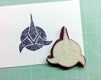 star trek stamp. klingon insignia stamp. rubber stamp. handcarved stamp. mounted