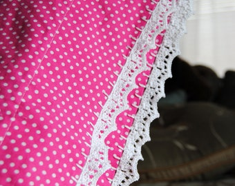 Pillowcase with Crochet Lace Trim: Set of Two