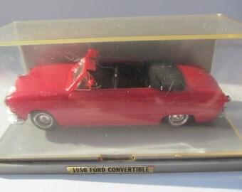 Vintage  1966  Renwal  - Red  1950  Ford  Convertable  Plastic  Car in original  case