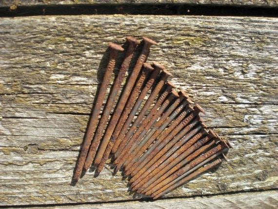 Items similar to 20 rusted nails old nails metal steampunk for Metal art craft supplies