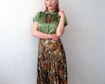 Pleated Vintage 1970s Skirt/Multi Color Print
