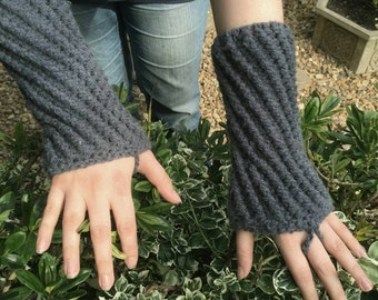 Cosy ridged armwarmers/wristwarmers