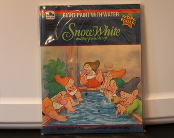 Fantastic Vintage Walt Disney's Snow White and the Seven Dwarfs Giant Paint With Water Book - GOLDEN 1993 - #2791