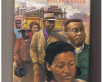 The Year They Walked /  1956 Rosa Parks and the Montgomery Alabama Bus Boycott