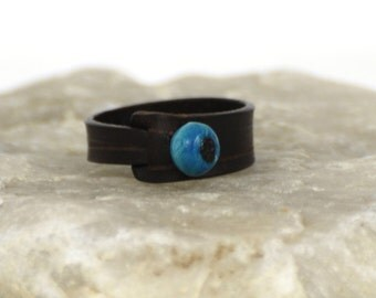 Chort simple leather ring