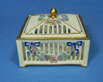 Vintage Porcelain Trinket Box Flower Garland, Germany Pierced Flower Trinket Box, RMR Max Roesler, Vintage Jewelry Box, Antique Box
