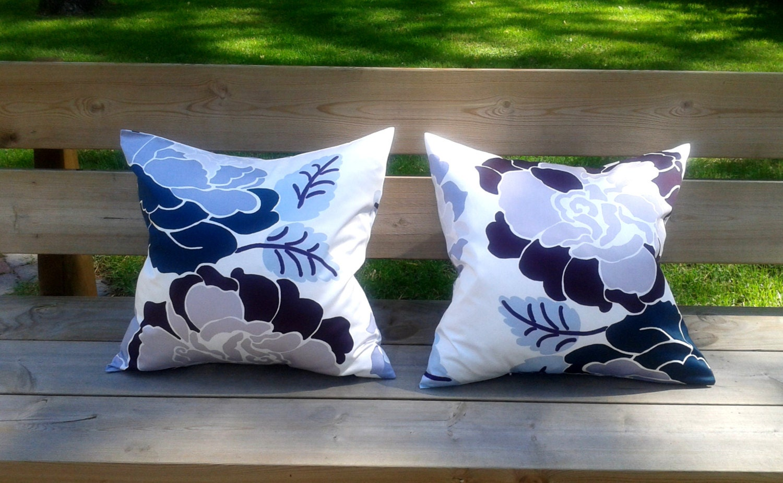 Marimekko Throw Pillow Covers : 18 x 18 Pillow cover set made from Marimekko fabric throw