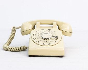 Working Vintage Rotary Dial Phone - Beige/Cream