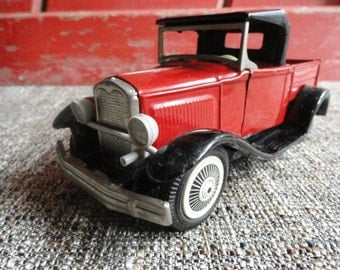 Tin 1930's Toy truck - Bandai - Made in Japan Lithographed - Circa 1950-60