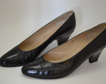 CHARLES JOURDAN Vintage Black Leather Pointed-Toe Pumps, Size 10B, Made In Spain
