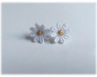 Handmade Lace Daisy Earrings