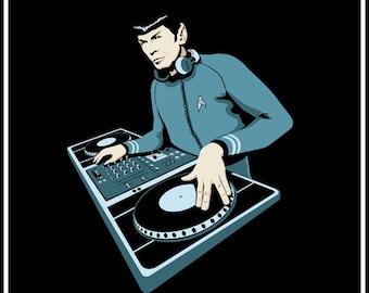 Spock Star Trek Leonard Nimoy DJ   TSHIRT t-shirt