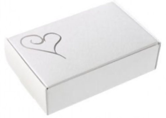 10 wedding cake slice boxes white with silver heart flat. Black Bedroom Furniture Sets. Home Design Ideas