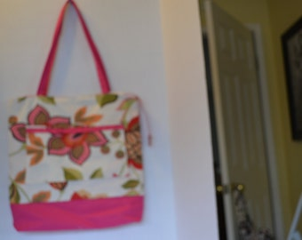 Terrific pink, red and white floral  zippered tote