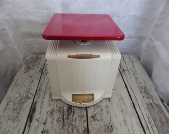 Fully customizable vintage 1940s kitchen/postage scale. Choose your colors!
