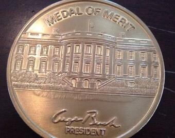 Presidential Medal of Merit large challenge coin