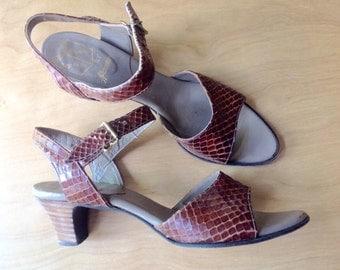 1970s snakeskin heeled sandals Sz 7