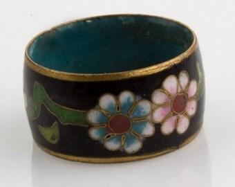 Vintage cloisonne band ring. (rgor119)
