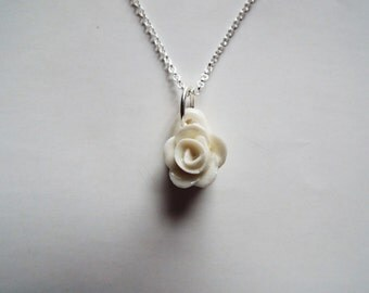 White rose on sterling silver 18'' chain