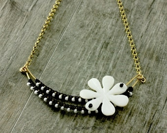 A daisy for Riley necklace - As seen on Baby Daddy