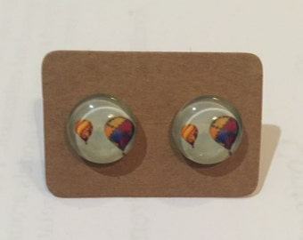 Hot air balloons. Glass cabochon earring. 12mm