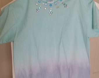 Turquoise/Blue Ombre girls T-shirt youth size L