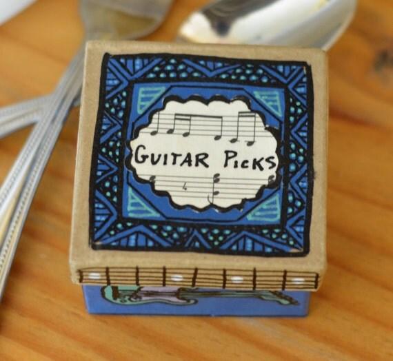 ooak guitar pick storage box item 010115 7 by roystreetcraft. Black Bedroom Furniture Sets. Home Design Ideas