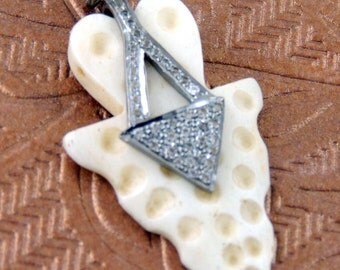 1 Pc White Topaz White Bone Arrowhead Pendant - Carved bone 925 Sterling Silver pendant 49mmx25mm PT101