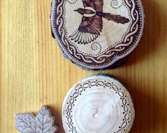 Magpie Decorative Art Piece