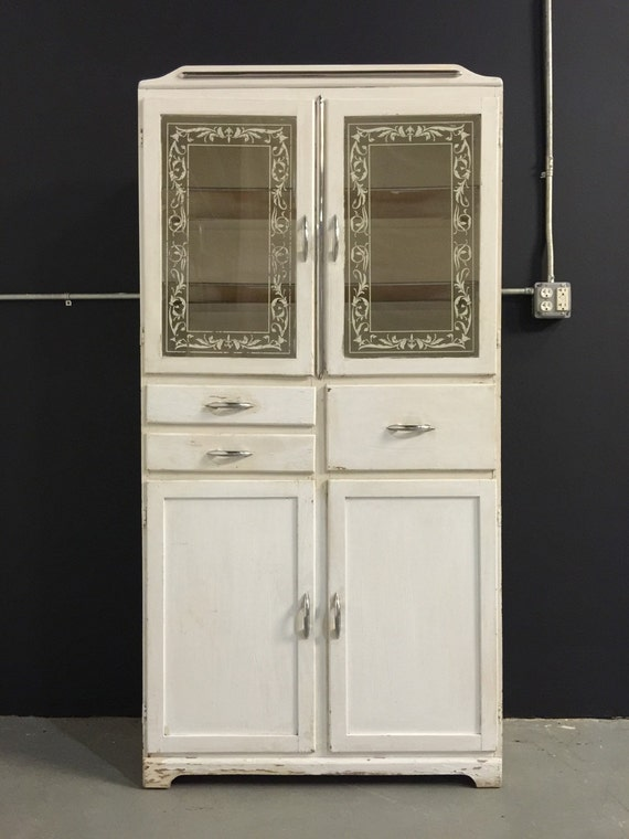 Exceptionnel ... White With Cabinets Glass Vintage Doors Vintage Doors Appliqué Glass  Medicine 1940s Cabinet Tall ...