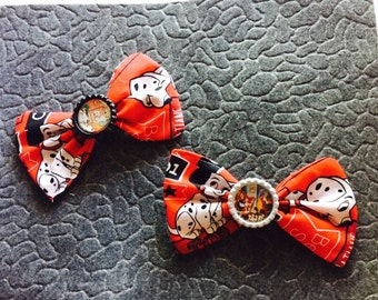 Disney's 101 Dalmations Fabric Hair Bows w Bottle Cap centers on alligator clippies Disney FE birthday party favors
