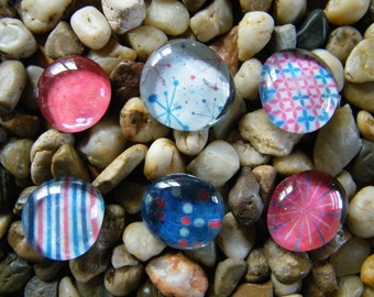 Red White And Blue Glass Pebble Magnet Set