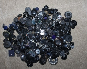 Vintage Buttons, 0.75 pounds in This Lot, Mixture of Black Shades, All Sizes, Crafting Projects, Clothing, Sewing Projects, Collectibles,
