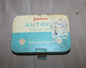 Vintage First Aid, Autokit, Johnson & Johnson Emergency Kit, Retro, Made in England, Gt. Britain, Slough, First Aid Outfit, Collectible