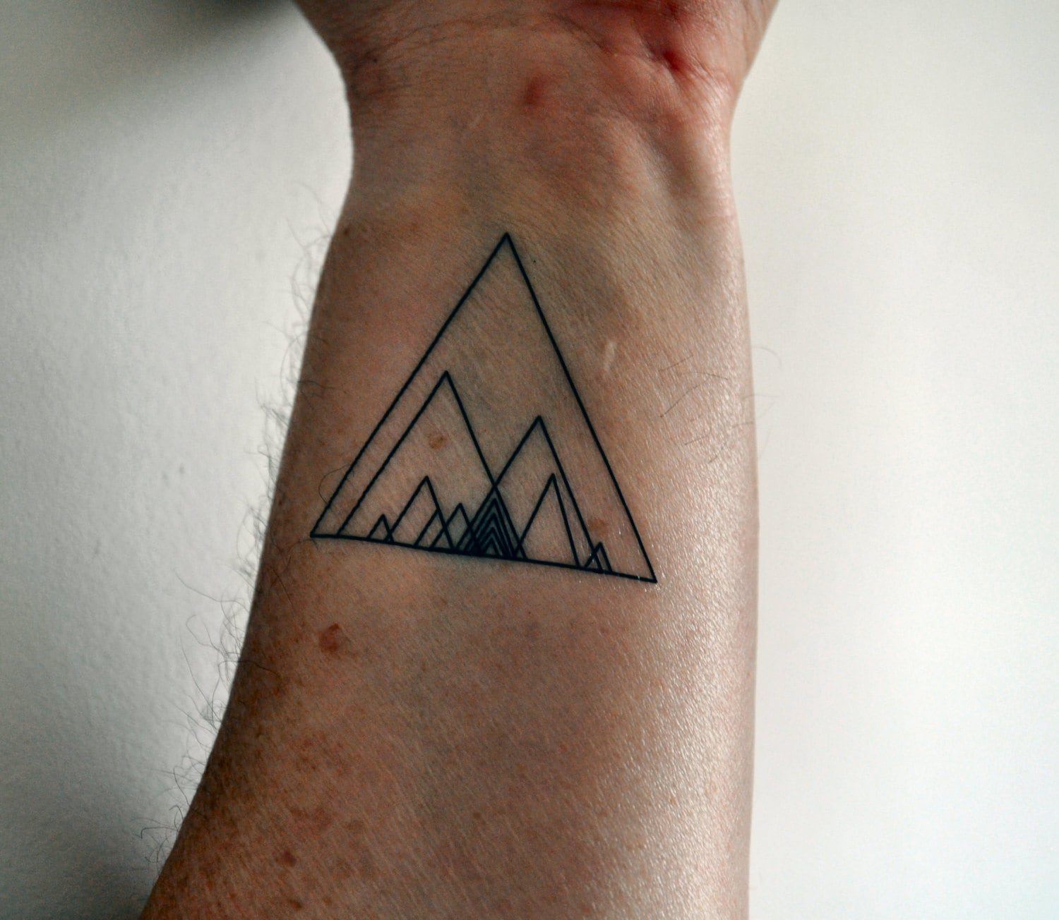 geometric triangle temporary tattoo hipster temporary tattoo. Black Bedroom Furniture Sets. Home Design Ideas