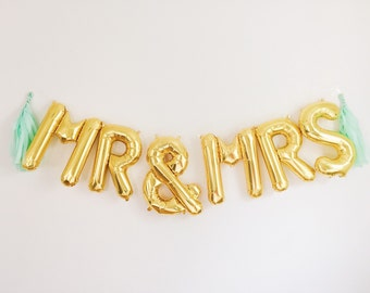 MR & MRS balloons - gold mylar foil letter balloon banner kit