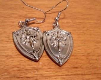 Sliver shield earrings