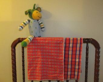 Flannel baby/crib blanket